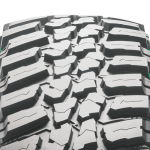 NK_featureslider_ConquerorMT-tire-3