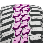 NK_featureslider_ConquerorMT-tire-5